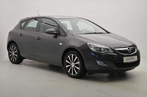 Opel Astra 1,7 Ecotec CDTI Edition bei Auto Günther in