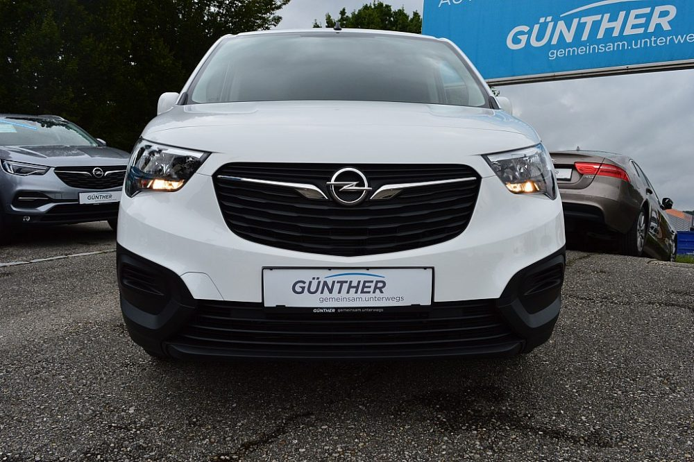418052_1406440104793_slide bei Auto Günther in